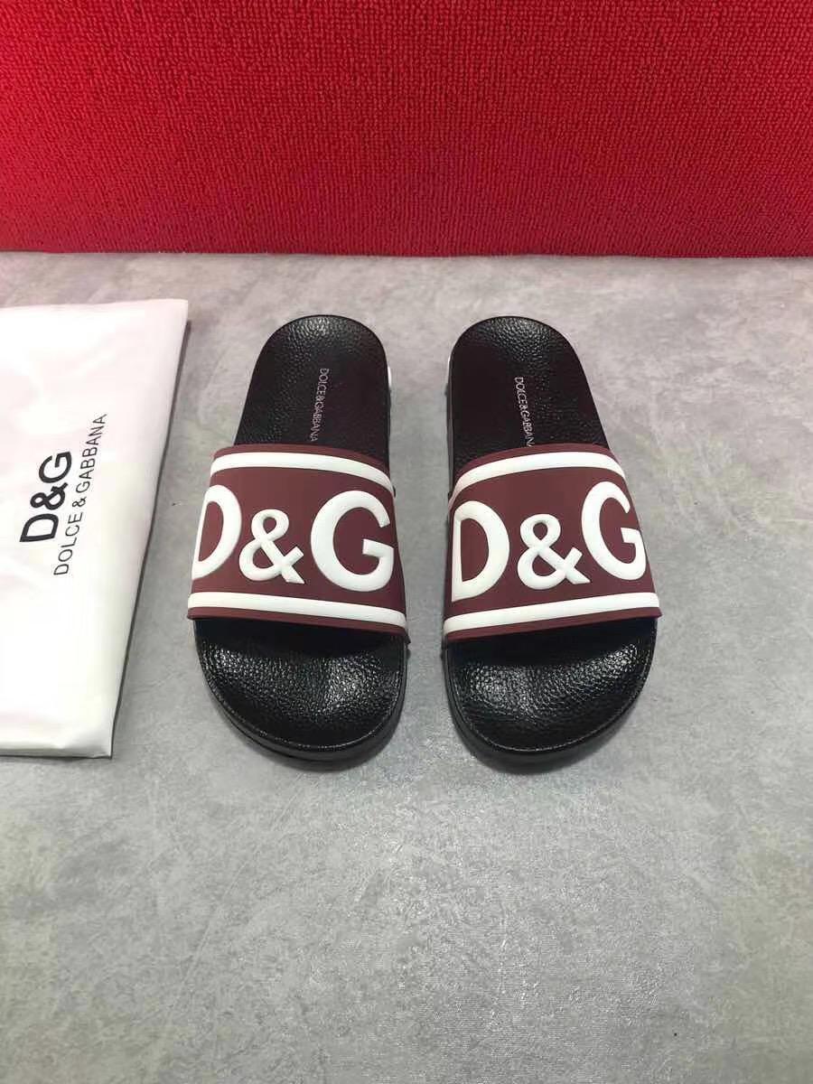 Dép Dolce nam siêu cấp đế đen quai đỏ sẫm hoạ tiết logo DDG06