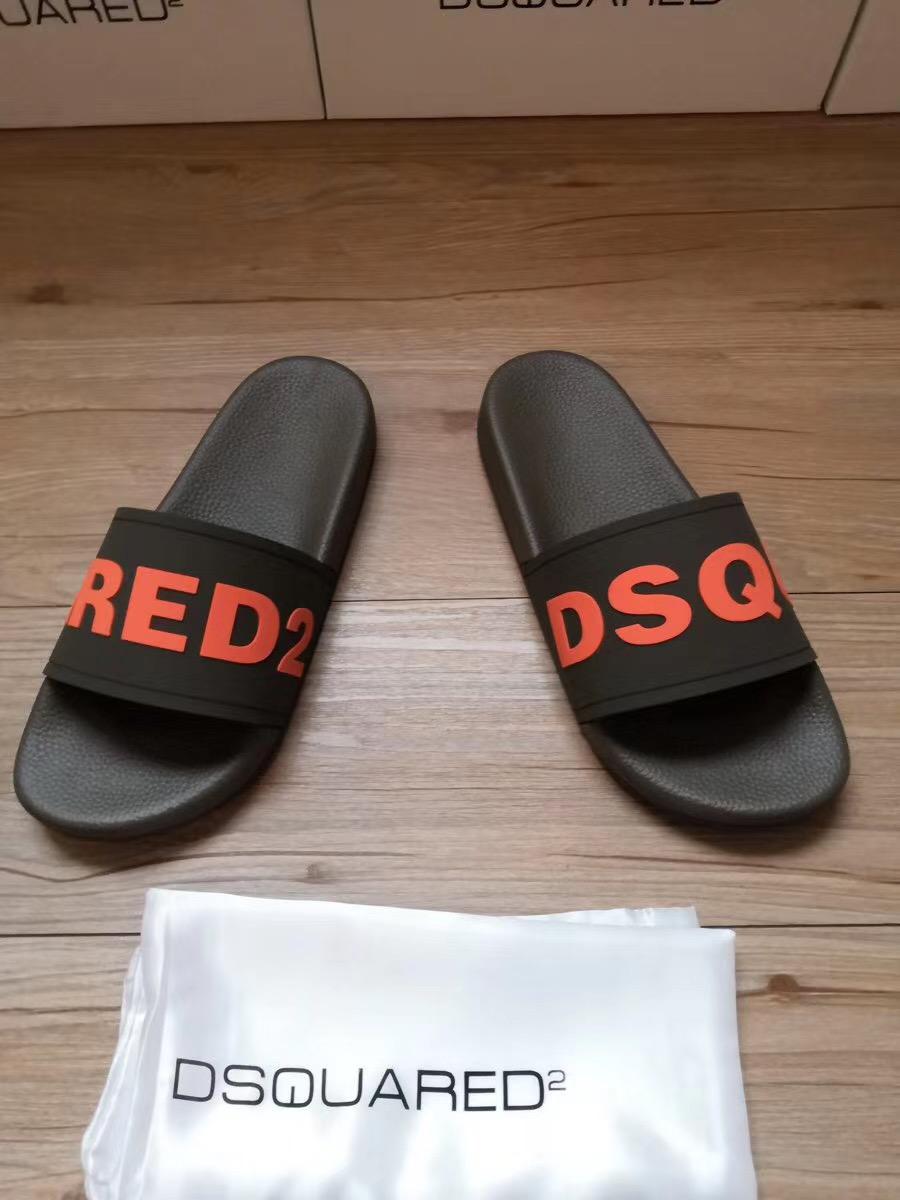 Dép Dsquared2 nam siêu cấp đen họa tiết DSQUARED đỏ DDS16