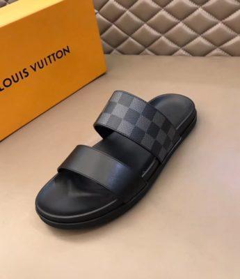 Dép Louis Vuitton nam like auth hai quai trơn caro ghi đen DLV01