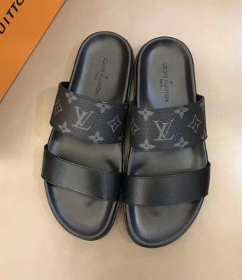 Dép Louis Vuitton nam siêu cấp hai quai trơn hoa ghi đen DLV26
