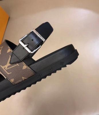 Dép Louis Vuitton nam siêu cấp sandal hoa nâu DLV23
