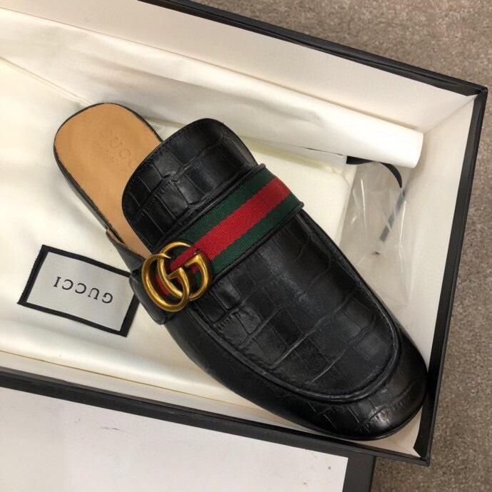 Dép sục Gucci nam siêu cấp đen da sần hoạ tiết logo DGC17 siêu cấp nam đen da sần hoạ tiết logo DGC17