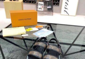Dép Louis Vuitton nam siêu cấp quai hậu họa tiết hoa nâu đế viền trắng DLV34