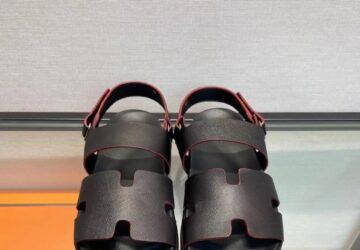 Dép nam Hermes like au sandal da sần full đen DHM29